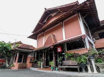 NIDA Rooms Mantrijeron Tugu Station