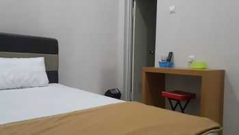 Osborn Coliving Malang - Deluxe Room Only Regular Plan