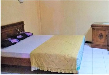 Wisma Tamu Surabaya Surabaya - Deluxe Double Room Only NRF Minimum Stay