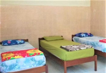 Wisma Tamu Surabaya Surabaya - Standard Triple Room Only NR Minimum Stay