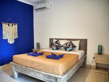 OYO 3186 Thomas Garden Place Bali - Deluxe Double Room Regular Plan