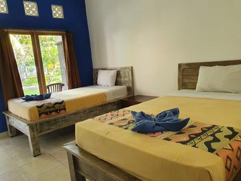 OYO 3186 Thomas Garden Place Bali - Deluxe Twin Room Regular Plan