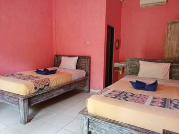 OYO 3186 Thomas Garden Place Bali - Standard Twin Room Regular Plan