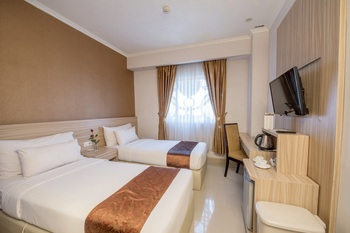 Hotel Syariah Solo - Aisyah (Superior Twin Bed) Room Only Regular Plan