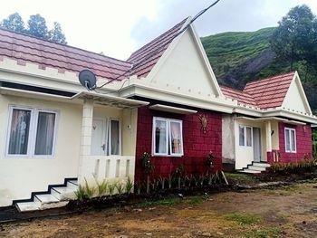 Istana Bromo Resort and Resto Probolinggo - Villa Basic Deal