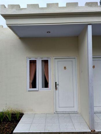Istana Bromo Resort and Resto Probolinggo - Cottage Room Basic Deal