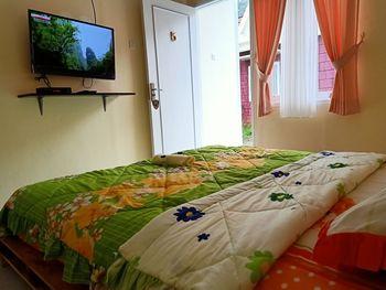 Istana Bromo Resort and Resto Probolinggo - Superior Room Basic Deal