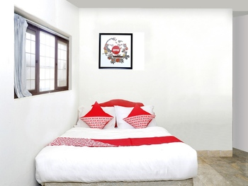 OYO 1196 Hotel Pura Puspa Rosa Yogyakarta - Standard Double Room Regular Plan
