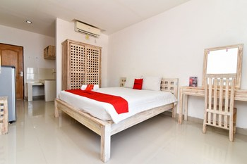 RedDoorz near Trans Studio Mall Bali Bali - RedDoorz Room Regular Plan