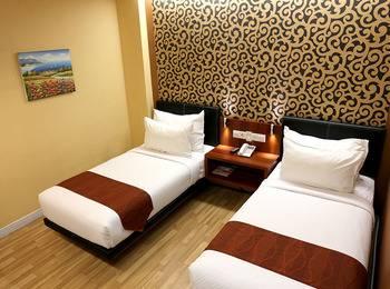 Citihub Hotel Jogja - Saphire Twin Room Only Regular Plan