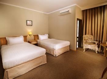 Menumbing  Heritage Hotel Pangkalpinang - Deluxe Twin Bed  Regular Plan