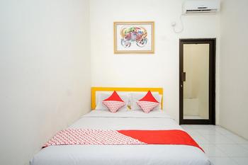 OYO 325 Maleo Residence Palembang II Palembang - Standard Double Last