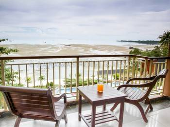 Bahamas Hotel Belitung - Deluxe Sea View Room Only Special Promo 46% OFF