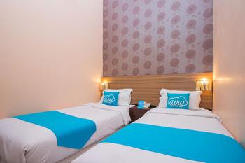Airy Eco Mataram Cakranegara Sriwijaya 136 Lombok Lombok - Standard Twin Room with Breakfast Regular Plan