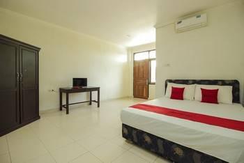 RedDoorz @ Malalayang Manado Manado - RedDoorz Room KETUPAT