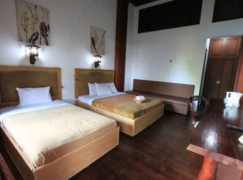 Jawa Dwipa Resort Solo - Executive Regular Plan