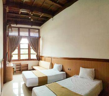 Jawa Dwipa Resort Solo - Pandawa Superior Twin Regular Plan
