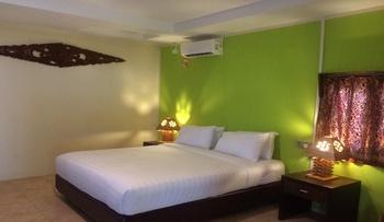 New Marjoly Beach Resort Bintan - Standard Room (Breakfast) Regular Plan