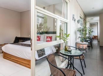 ZenRooms Denpasar Imam Bonjol 2 - Double Room (Room Only) Regular Plan
