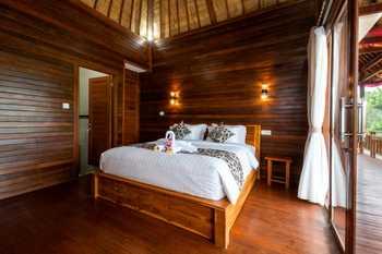 Lembongan Cempaka Villa and Restaurant Bali - Deluxe Room Free Night