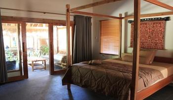 Albany Homestay Lombok - King Room Regular Plan