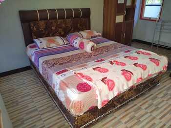 Adihan Homestay Palangka Raya - Standard Room Basic Deal
