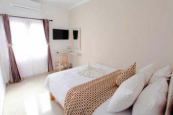 Remen Room Bed & Breakfast Yogyakarta - Superior Regular Plan