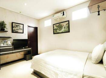 Hotel Victory Bandung - Deluxe Room Only Regular Plan