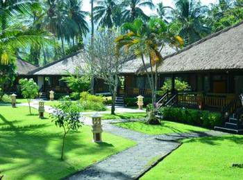 Kila Senggigi Beach Hotel Lombok - Bungalow Seaview Regular Plan