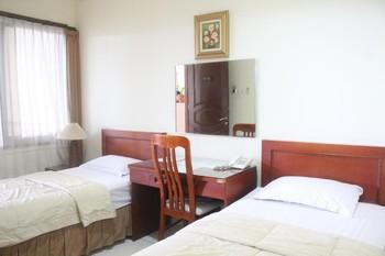 Gardena Homestay  Surabaya - Deluxe Twin Room Basic Deal 40%