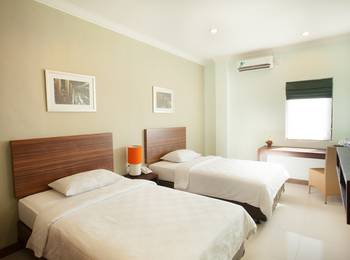 The Studio Inn Nusa Dua - Deluxe Room Only Hot Deal Discount 40 %