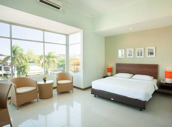 The Studio Inn Nusa Dua - Deluxe Room with Breakfast Hot Deal Discount 40 %