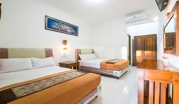 Hotel Bukit Uhud Yogyakarta Yogyakarta - Deluxe Room Regular Plan