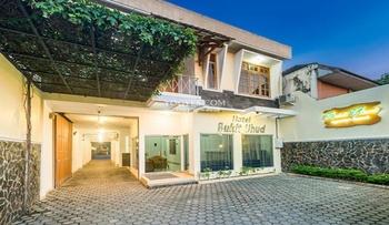 Hotel Bukit Uhud Yogyakarta