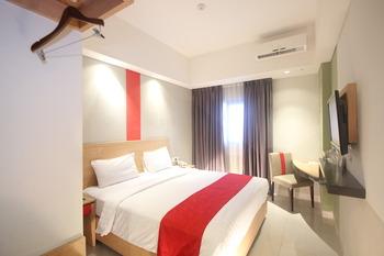 @Hom Semarang Semarang - Superior Double Bed Room Only Regular Plan
