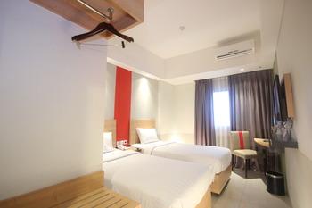 @Hom Semarang Semarang - Superior Twin Bed Room Only Basic Deal Min Stay 2 Nights