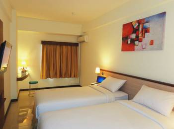 Everyday Smart Hotel Malang - Standard Double or Twin Room Breakfast Regular Plan