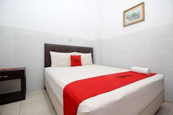 RedDoorz at Seturan Raya - RedDoorz Room Regular Plan