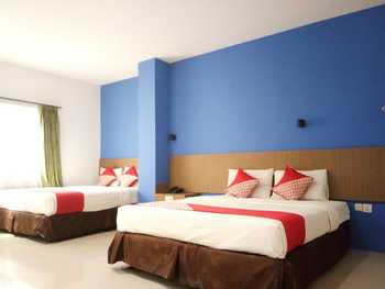 OYO 3753 Cassa Dua Hotel Bandung - Deluxe Family Room Promotion