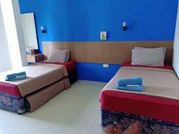 OYO 3753 Cassa Dua Hotel Bandung - Standard Twin Room Last Minute Deal