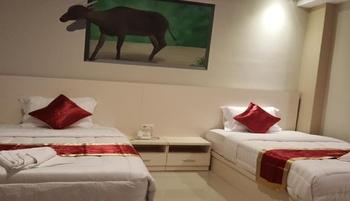 Hotel Brizky Palu Palu - Deluxe Room Regular Plan