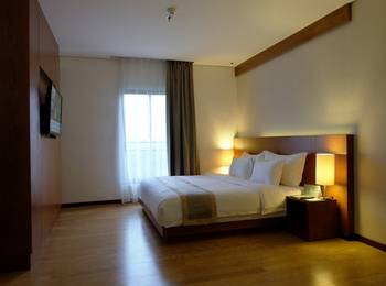 Oak Tree Emerald Semarang - Suite King Room Only Regular Plan