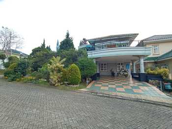 Puncak Resort Villa Timur
