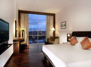 The Luxton Bandung Bandung - Deluxe Room Minimum stay 2 nights get 16% off 2020