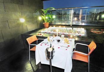 The Luxton Bandung Bandung - Honeymoon Suite Minimum stay 2 nights get 10% off