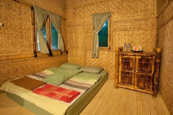 Bumbangku Beach Cottages Bar & Restaurant Lombok - Superior Bamboo Regular Plan