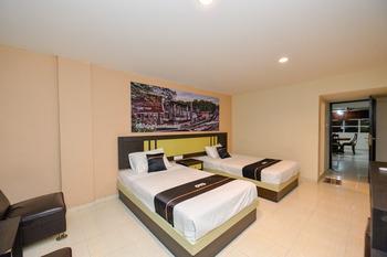 OYO 2487 Sampurna Jaya Hotel Tanjung Pinang - Deluxe Twin Room Promotion