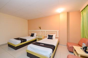 OYO 2487 Sampurna Jaya Hotel Tanjung Pinang - Standard Twin Room Promotion