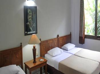 Hotel Winotosastro Garden Yogyakarta - Deluxe Triple Room Only 2021 Best Deals