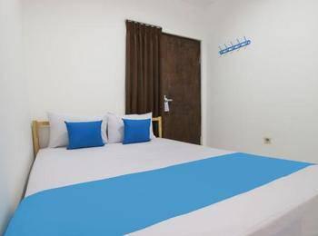 Kamar Keluarga Kalideres Jakarta - Double Bed Room Regular Plan